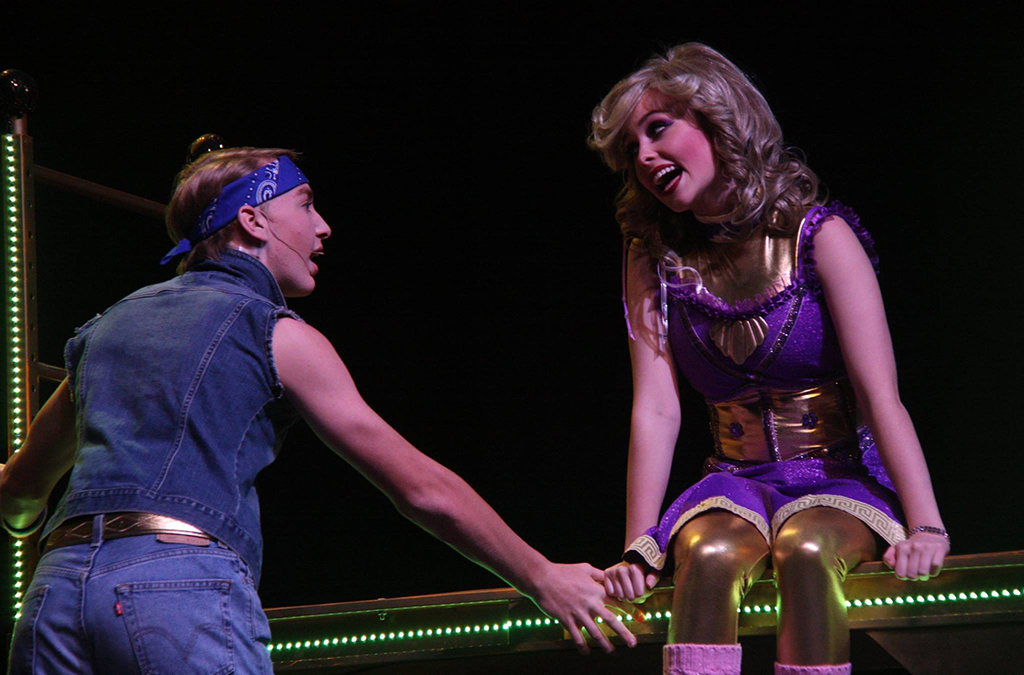 Mitchell Duquette and Anna Quillin in Arab High School's production of Xanadu.