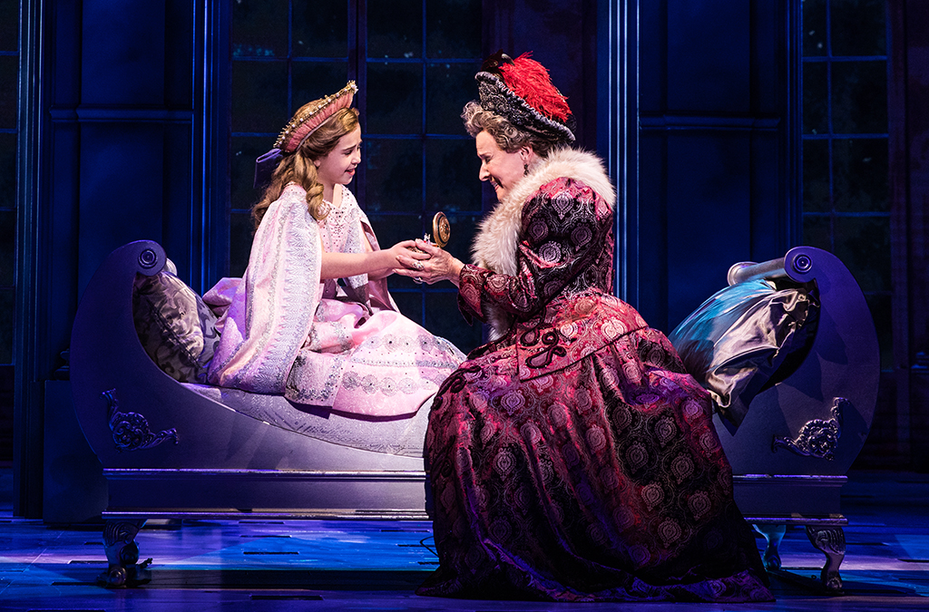 Victoria Bingham and Joy Franz in the national tour of Anastasia.