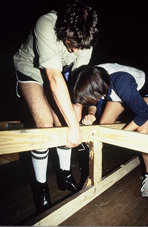 Students work to assemble their set at the 1983 International Thespian Festival.