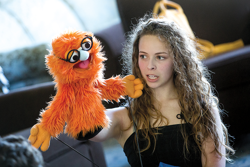 Through a puppetry workshop, this Thespian brings her furry character to life.