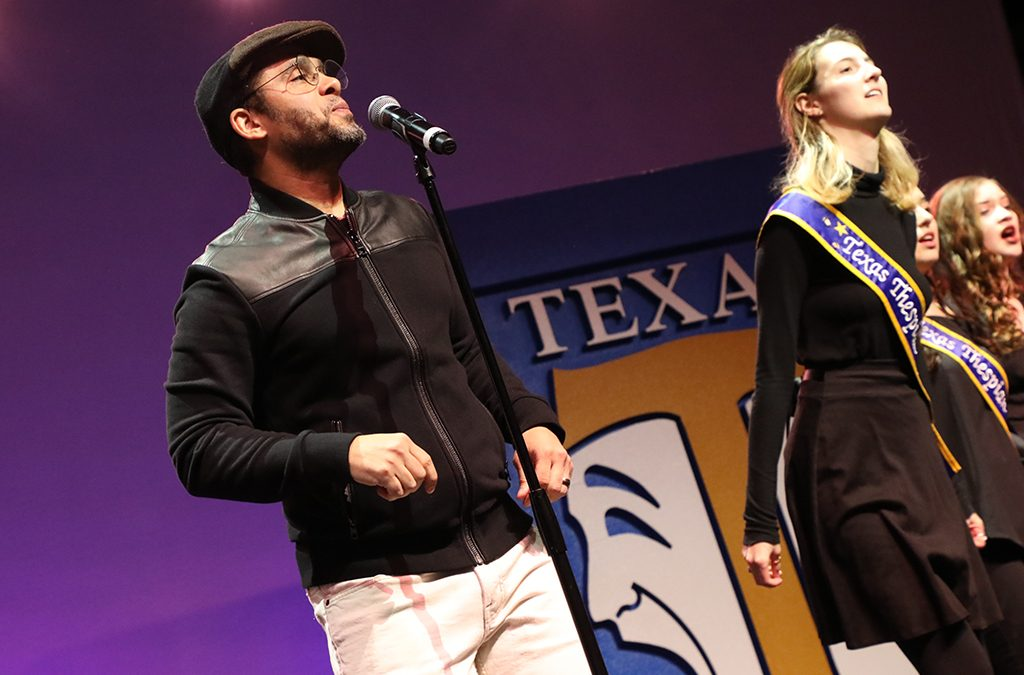 Tony Award-winning actor Wilson Jermaine Heredia performed with Texas Thespians in the closing ceremonies.