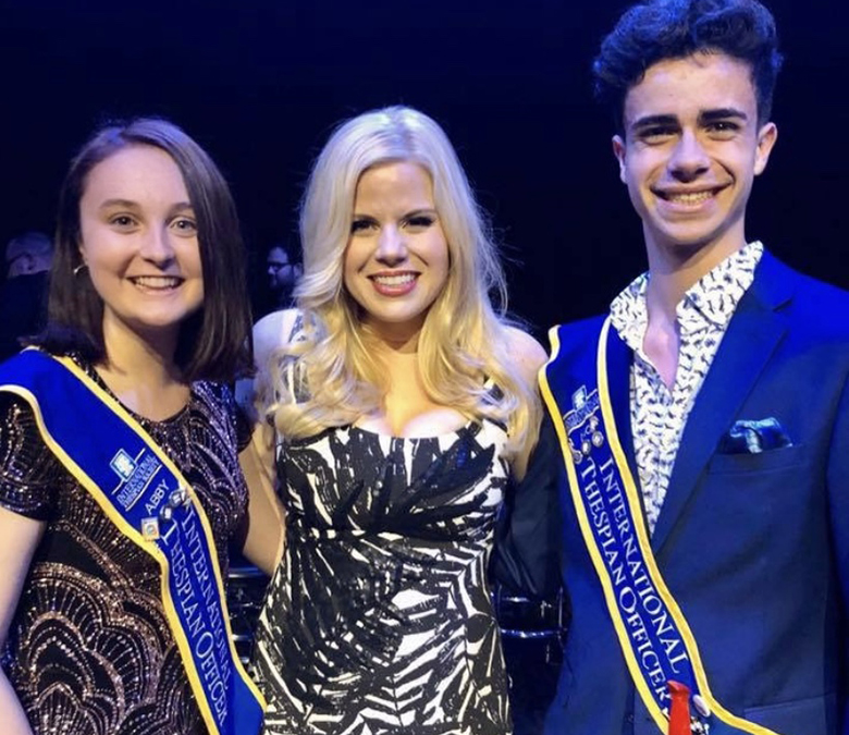 Nic Fallacaro with fellow ITO Abby Stuckrath and performer Megan Hilty at the 2019 Thespians Go Hollywood event.