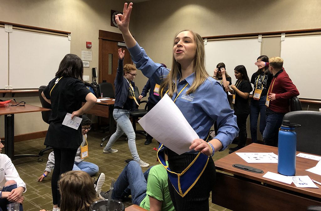 Anna Hastings teaching her leadership workshop at the 2020 Nebraska Thespian Festival.