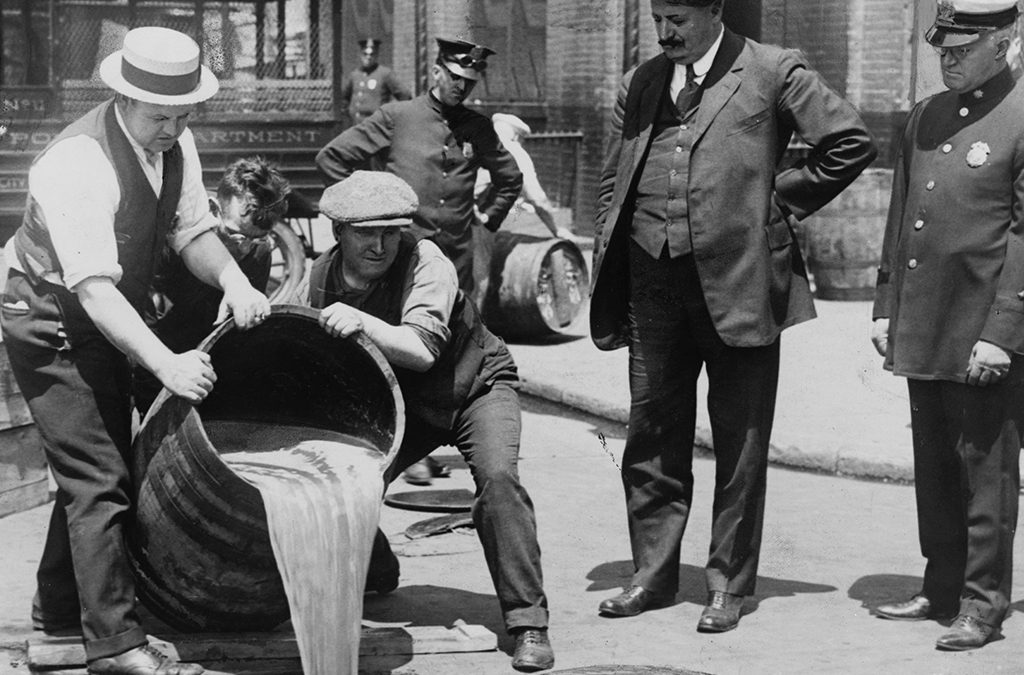 1933: The 21st Amendment repeals Prohibition.